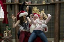 A Bad Moms Christmas Photo 1