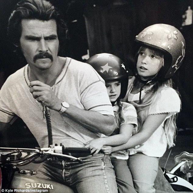 James Brolin, Kyle Richards and Kim Richards in The Car (1977)