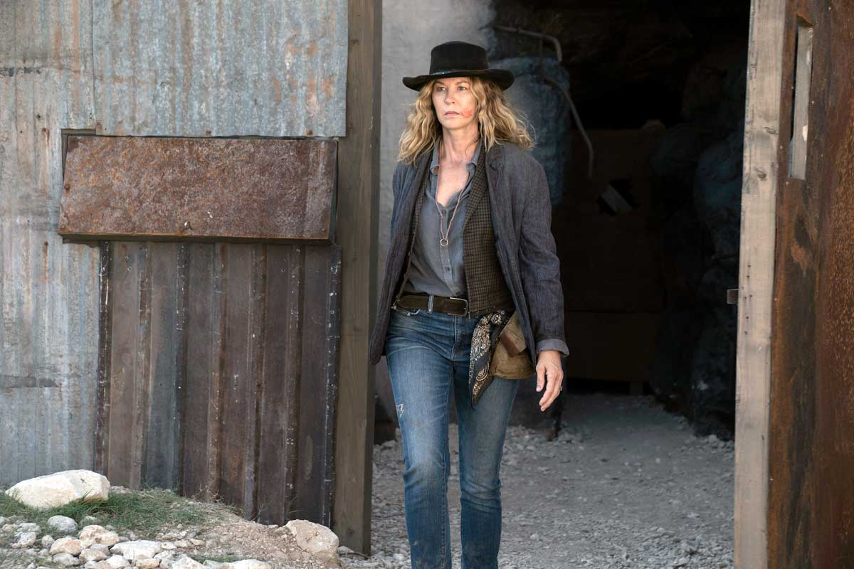 Jenna Elfman in a scene from Fear of the Walking Dead. Courtesy AMC/Ryan Green