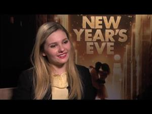 Abigail Breslin (New Year's Eve) Interview Video Thumbnail