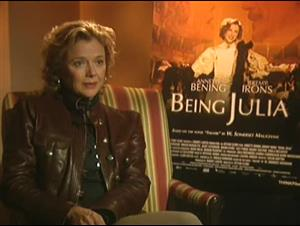 ANNETTE BENING - BEING JULIA Interview Video Thumbnail