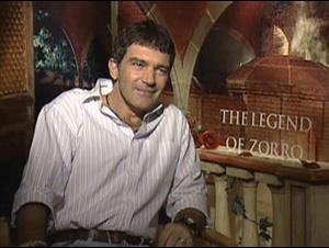 ANTONIO BANDERAS - THE LEGEND OF ZORRO Interview Video Thumbnail
