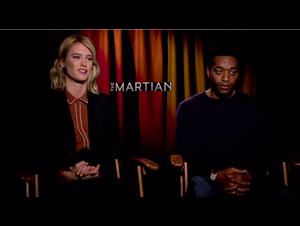 Chiwetel Ejiofor & Mackenzie Davis - The Martian Interview Video Thumbnail