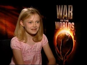 DAKOTA FANNING - WAR OF THE WORLDS Interview Video Thumbnail
