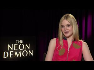 elle-fanning-interview-the-neon-demon Video Thumbnail