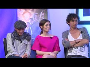 jamie-campbell-bower-lily-collins-robert-sheehan-the-mortal-instruments-city-of-bones Video Thumbnail