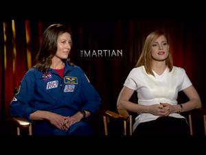 Jessica Chastain & Tracy Caldwell Dyson - The Martian Interview Video Thumbnail