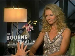 Joan Allen (The Bourne Ultimatum) Interview Video Thumbnail