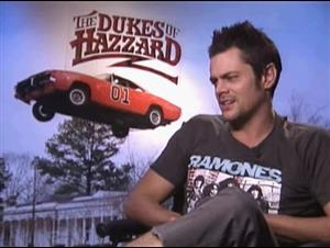 JOHNNY KNOXVILLE - THE DUKES OF HAZZARD Interview Video Thumbnail
