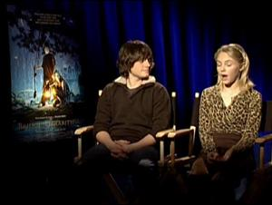 JOSH HUTCHERSON & ANNA SOPHIA ROBB (BRIDGE TO TERABITHIA) Interview Video Thumbnail