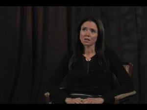Julie Taymor (Across the Universe) Interview Video Thumbnail