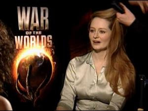 MIRANDA OTTO - WAR OF THE WORLDS Interview Video Thumbnail