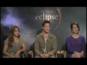 Nikki Reed, Peter Facinelli & Elizabeth Reaser (The Twilight Saga: Eclipse) Interview Video Thumbnail