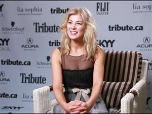 Rosamund Pike (Barney's Version) Interview Video Thumbnail