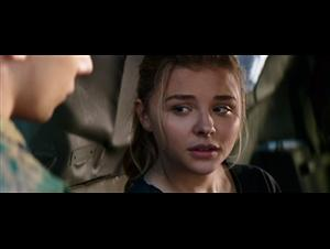 The 5th Wave Trailer Video Thumbnail