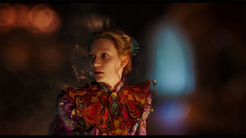 Alice Through the Looking Glass Photo 14 - Large