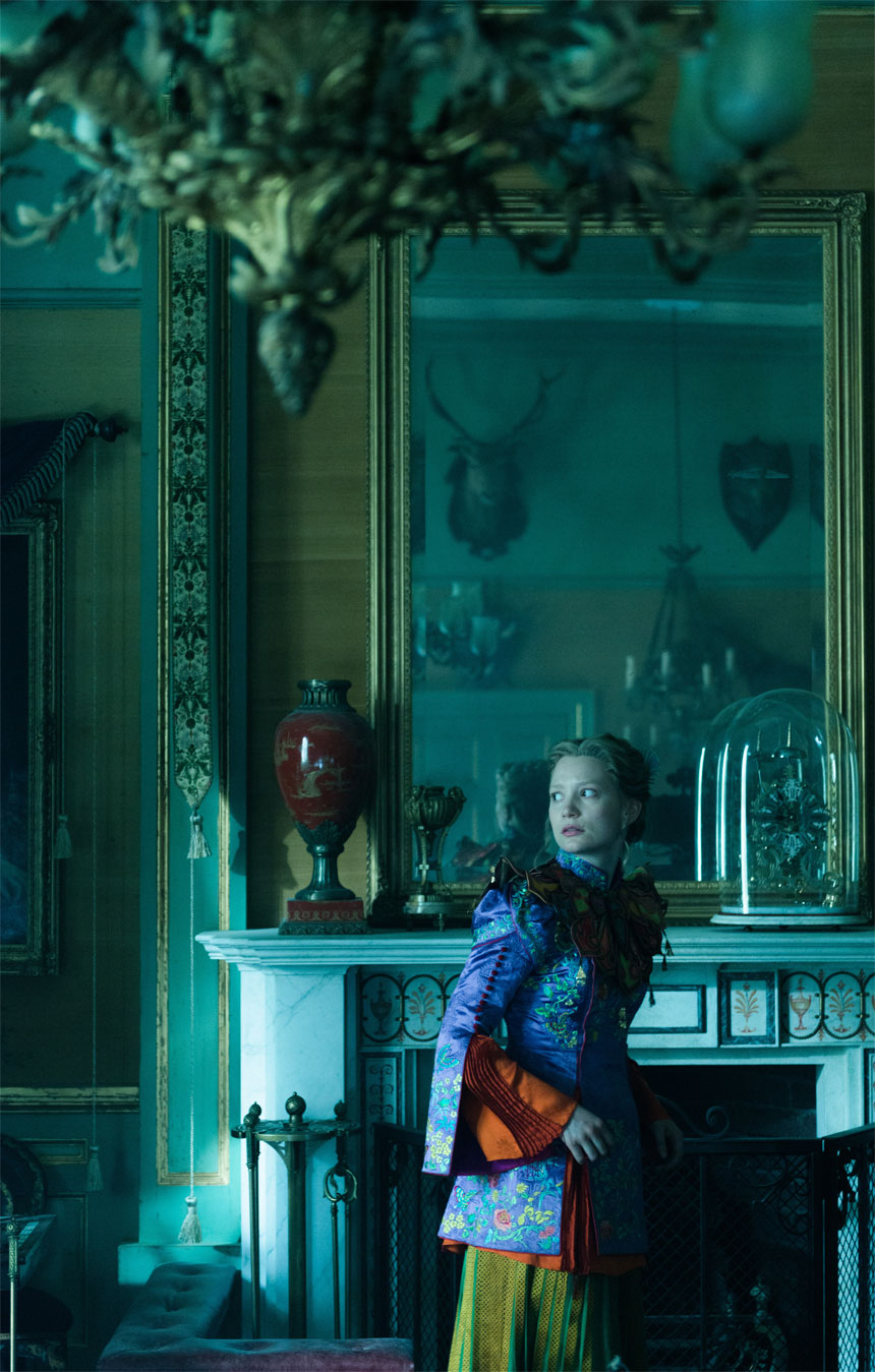 Alice Through the Looking Glass Photo 43 - Large