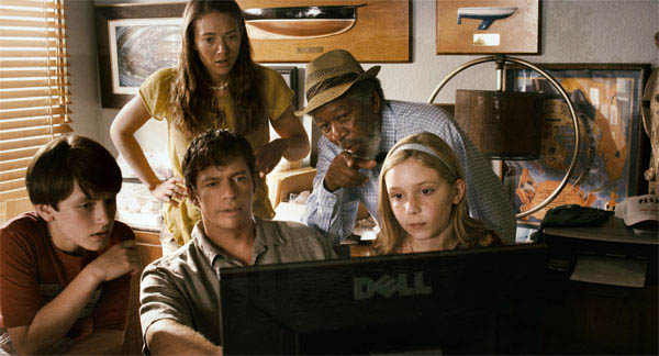 Dolphin Tale Photo 4 - Large