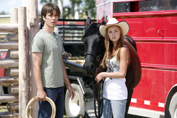 Heartland: The Complete Second Season Photo 1 - Large